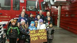 4H Husky Helpers thanking the Fire Dept!