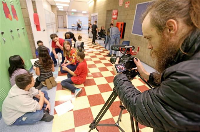 schools create welcome videos