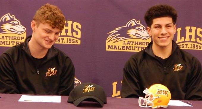 Lathrop football teammates become college teammates